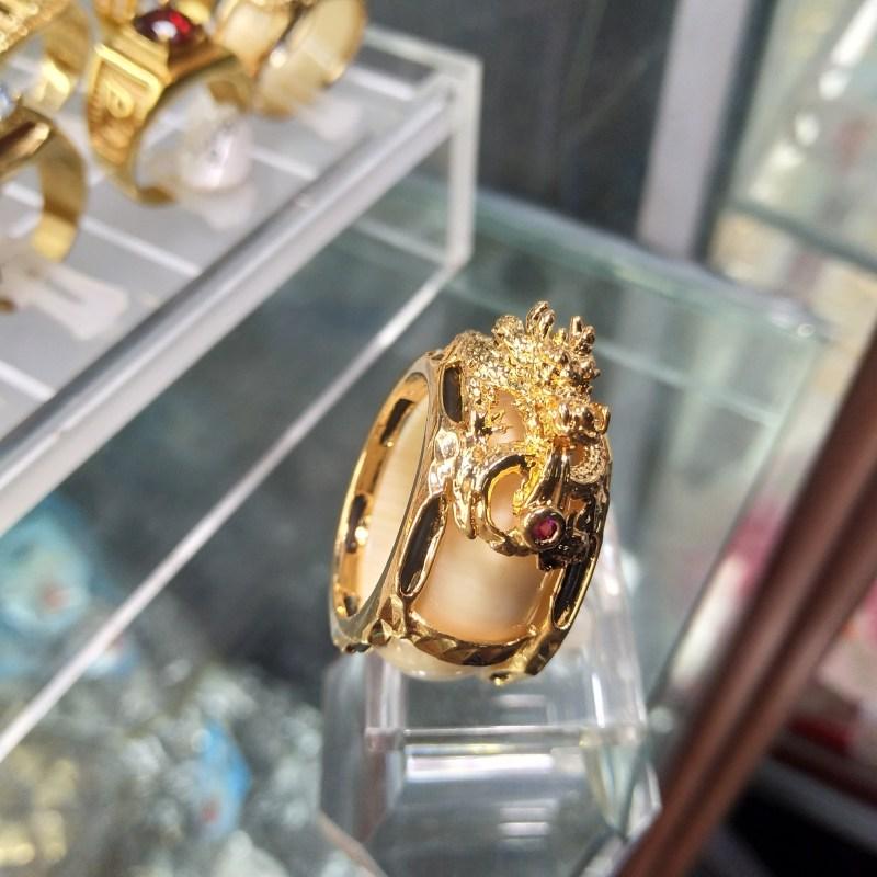 Nhẫn ngà voi đầu rồng mạ vàng kết hợp lông voi