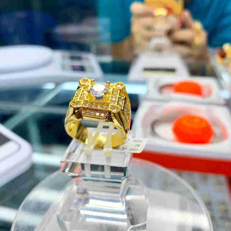 Nhẫn mạ vàng 18k đính hột nam tại TPHCM – Trang sức nam mạ vàng
